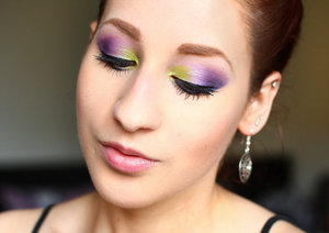 More photos and information here:  http://www.rauschgiftengel.com/2014/06/make-up-lime-crime-aquataenia-gradient.html