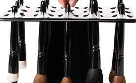 The Most Efficient and Compact Way to Dry (and Store) Makeup Brushes
