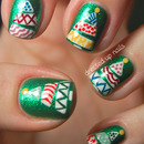 Funky Christmas tree nails