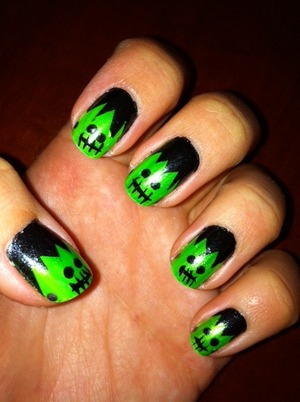 Frankenstein Nails - Happy Halloween