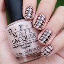 Nude & Black Houndstooth Nails