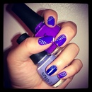 Purple nails with lilac dots