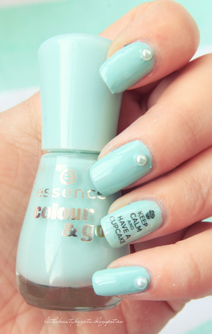 more photos here: 	http://littlebeautybagcta.blogspot.com/2013/03/notd-thats-what-i-mint.html