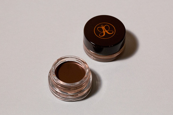 The Brow Definer That'll Make Your Mornings Easier