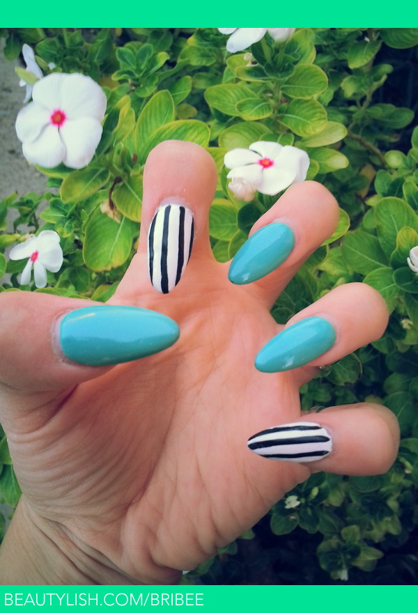 TEAL NAILS POLISH PAINTED OVER ACRYLIC NAILS W/ WHITE NAILS AND BLK ...