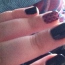 Gothic checkered nails