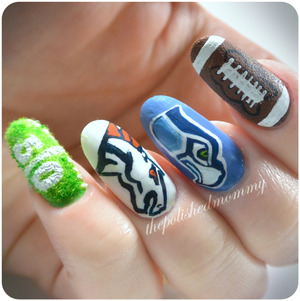 Are you ready for game time?! Which team are you hoping will win?? http://www.thepolishedmommy.com/2014/02/super-bowl-xlviii.html  #fingerpaints #NFL #spuerbowl #superbowlxlviii #football #broncos #seahawks #nailart