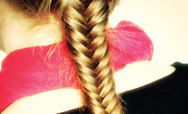 The ultimate fishtail braid tutorial and how to guide for Fish tails braid