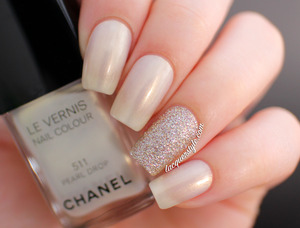 I wore these nails for my birthday! More info & photos here: http://www.lacquerstyle.com/2014/01/my-birthday-nails-chanel-pearl-drop.html