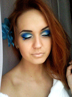 more about this look: http://grzee.blogspot.com/2011/08/blue-lagoon.html
