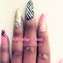 Pretty Pink & Gold| Monday Mani