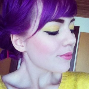how to get plum hair colour out