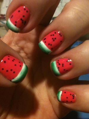 SUMMERTIME NAILS