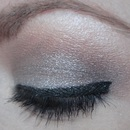 Neutral look using Urban Decay's Naked 2 Palette