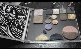 DIY EYESHADOW PALETTE