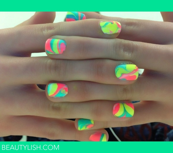 Water Marble Nail Polish Brands India: Rainbow Water Marble
