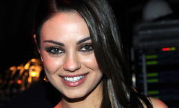 People's Choice Awards Makeup 2011: Mila Kunis