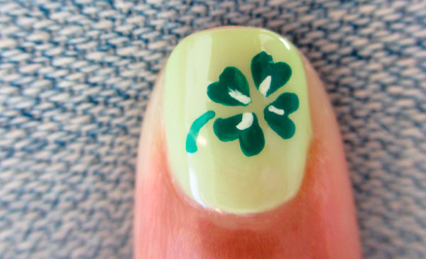 How to four leaf clover mani beautylish prinsesfo Gallery