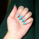 Almond Shaped Color-Blocking With Glitter Accent Nail
