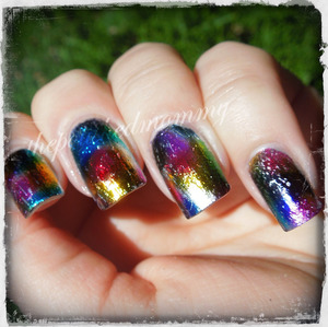 http://www.thepolishedmommy.com/2013/09/distressed-rainbow.html
