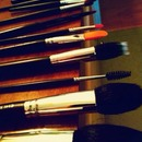 beauty school brushes <3