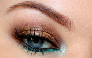 Eye Closeup of from my Tantric Bronze tutorial. This makeup is mostly waterproof so it's perfect for summer!