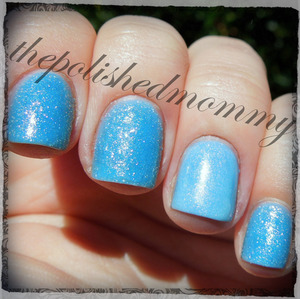 http://www.thepolishedmommy.com/2013/07/sugar-coat-royal-icing-with-sinful.html