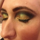 black and gold smokey eye