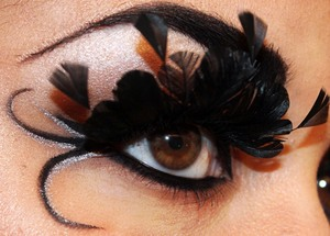 Inspired by the X-Men character Lilandra!  http://makeupbysiryn.com/2012/02/02/lilandra-neramani-inspired-look/