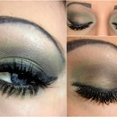 Khaki Green Smokey Eye