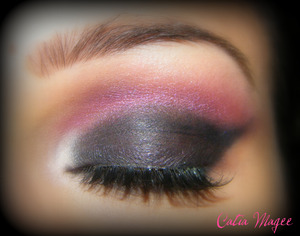 Pure Fusion Mineral Eyeshadows in  Matte Black all over the lid Hollywood on the crease Lace on the tear duct and brow highlight