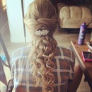 cute prom hairstyle