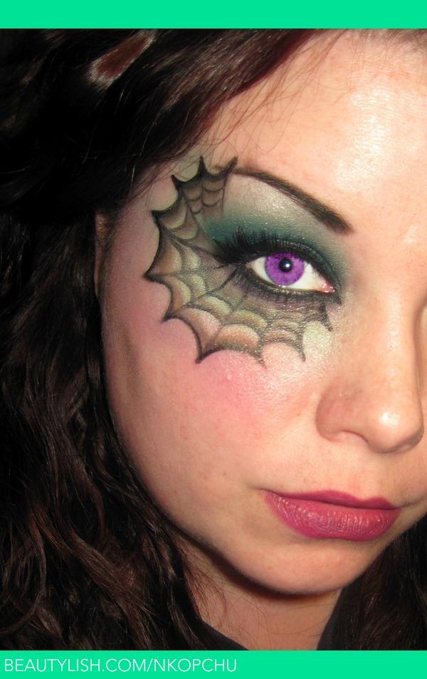 Cobweb Face Paint