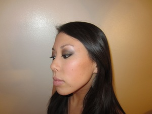 e.l.f. Smokey Eye look http://youtu.be/U2p4bZo09zg