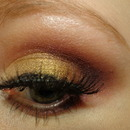 Gold mine smoky eye