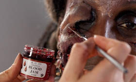 This Zombie Makeup Tutorial Will Turn You Into the Walking Dead!
