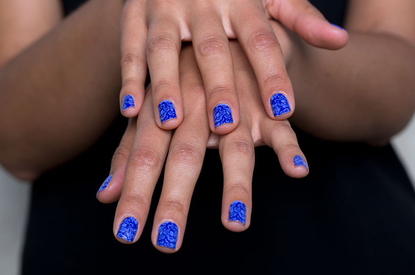 The Easiest At-Home Mani: How to Apply Nail Stickers ...