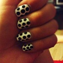 Cute simple polka dot nails!
