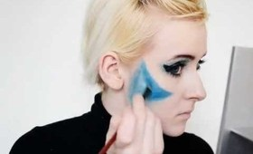 klaaqu.com:electric blue New Year's Eve makeup tutorial