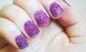 DIY Sugar Glitter Nails!