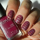 Holo Chevron Nails