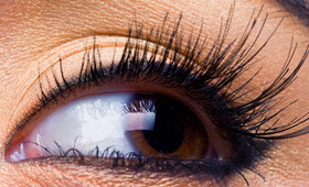 Should You Try Lash Tinting?