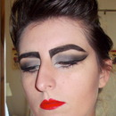 Siouxsie Sioux inspired from Style me Vintage Makeup.