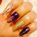 Almond Nails, purple, gold glitter