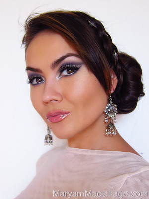INFO & MAKEUP TIPS: http://www.maryammaquillage.com/2013/01/cool-makeup-tips-for-winter-princess.html