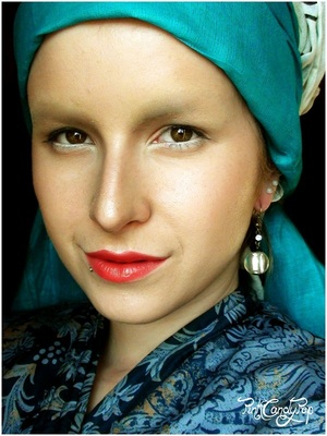 "Inspired by the famous Vermeer painting ""The Girl with a Pearl Earring"""