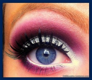 A look I would wear for prom! :) Tutorial on my blog: http://glittergirlc.wordpress.com/2012/04/13/prom-in-glitter/