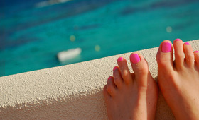 The Essential DIY Summer Spa Pedicure