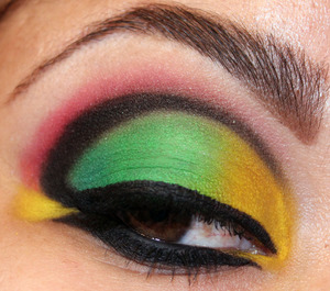 Siryn Inspirational Look!   More Pics and Products! http://makeupbysiryn.wordpress.com/2011/09/01/siryn-inspirational-look/