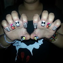 The Nightmare Before Christmas themed nails?